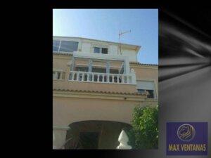 Cerramiento de pvc en Playa Flamenca